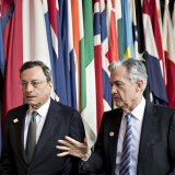ECB President Mario Draghi (L) and US fed chair Jerome Powell at the ECB Forum on Central Banking in Sintra, Portugal, June 20.