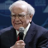 Buffett Craves More Apple Shares