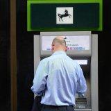 Lloyds Bans Buying Cryptos on Credit Cards