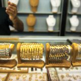 The robust jewelry demand is buoyed by sustained improvement in consumer confidence in Iran's gold market.