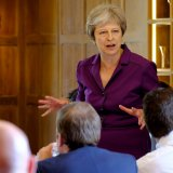 Theresa May Wins Cabinet Backing  for UK Soft Brexit Blueprint