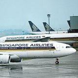Singapore Airlines Offers Unpaid Leave to Attendants