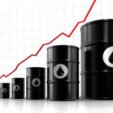 Oil Falls 4% After Tentative Iran-P5+1 Agreement