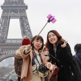 France Scrambles to Win Back Tourists
