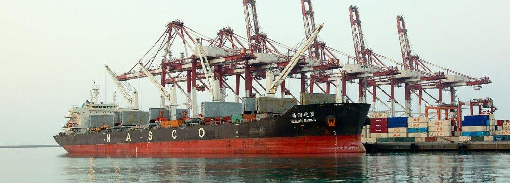 Iran's Non-Oil Trade Surplus Tops $1.3 Billion in Q1