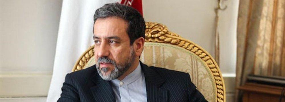 Araqchi: US Economic War Has Troubled Entire Region