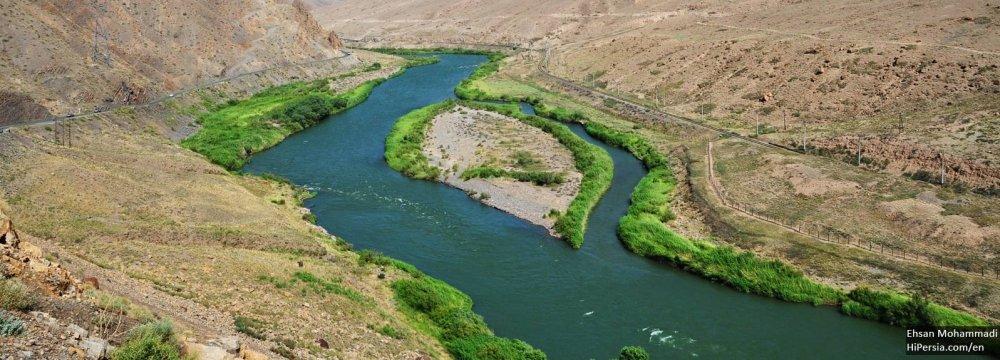 Aras Water Transfer to Tabriz Awaiting Funds