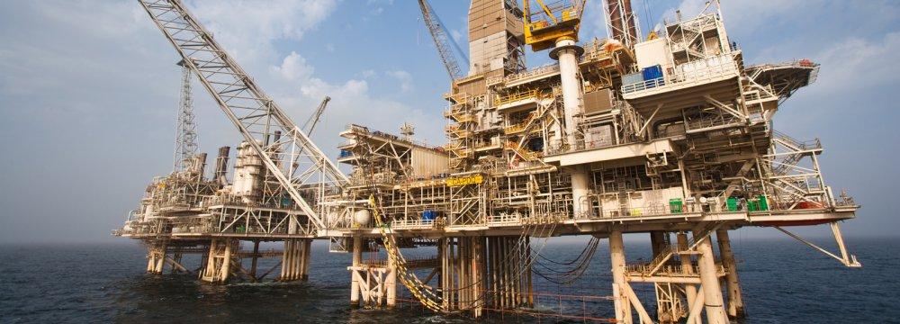 Iran's Doroud Oilfield Output Rises