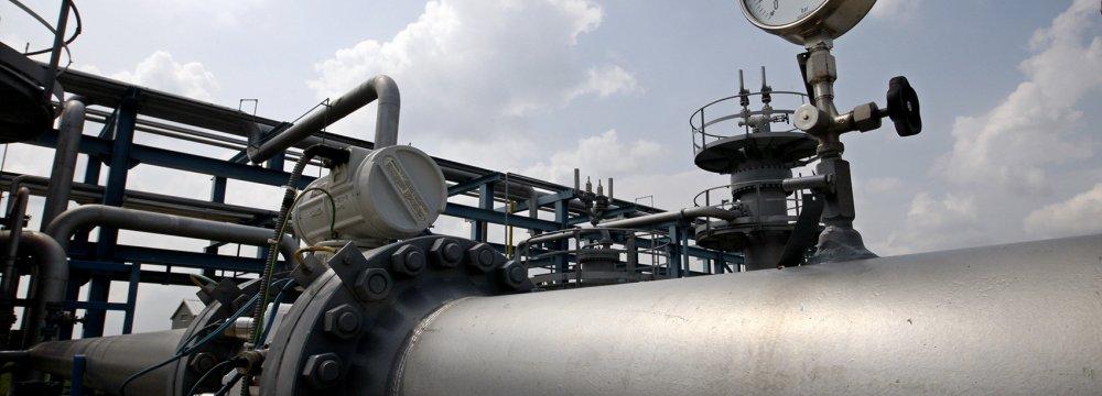 Progress Slow in Iran-Oman Gas Talks