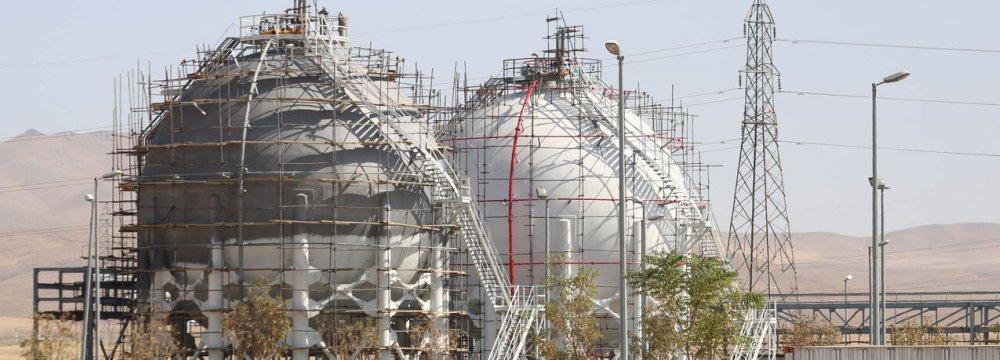 Petrochem Plant in Hamedan to Produce Medical Grade PVC