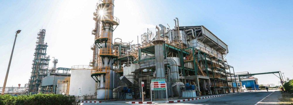 Feasibility Studies on Track for Fanavaran Petrochem Co.