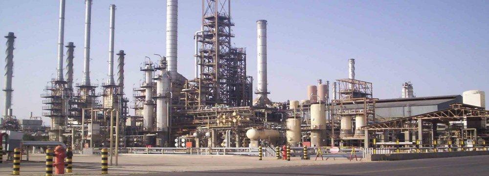 Tehran Refinery Enhancing Gasoline Quality to Euro 5