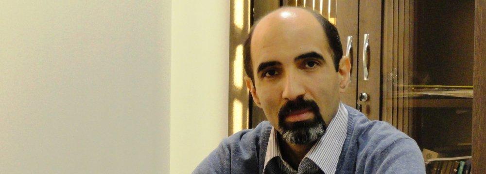 Economist Censures Gov't Management of Public Wealth