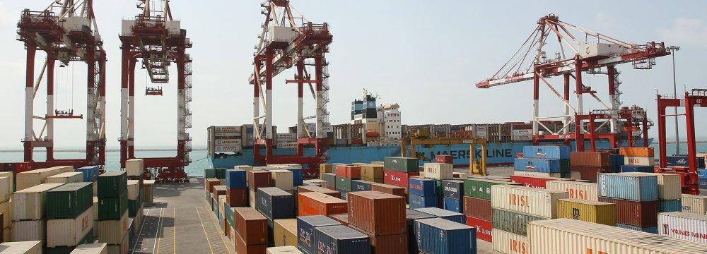 Iran's Imports of Consumer Goods Rise, Capital Goods Drop