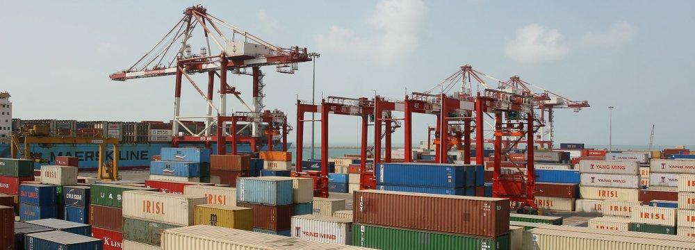 Iran's Non-Oil Trade With EEU Decreases 51 Percent