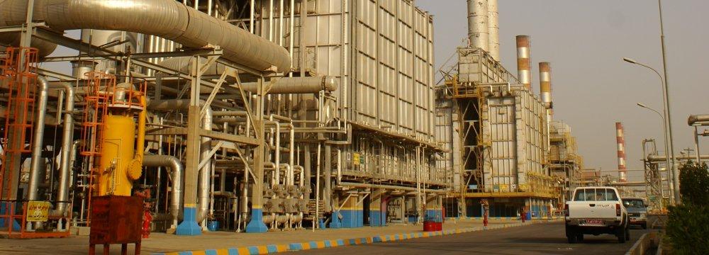 Gasoline Quality Boost Tops Abadan Refinery Agenda