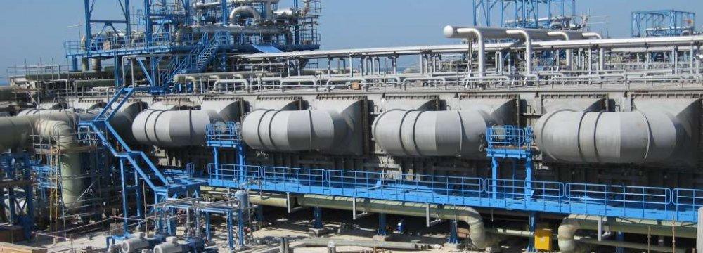 8 Crude Desalting Units Go on Stream