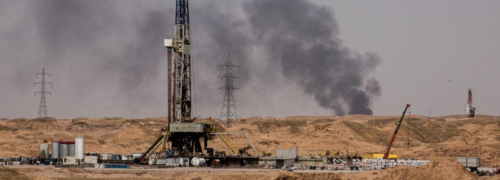 US Oil Sanctions to Harm Int'l Economy