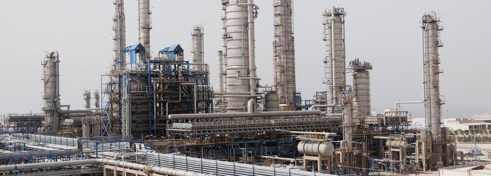 Petrochem Exports Earn  $1.1 Billion in 30 Days