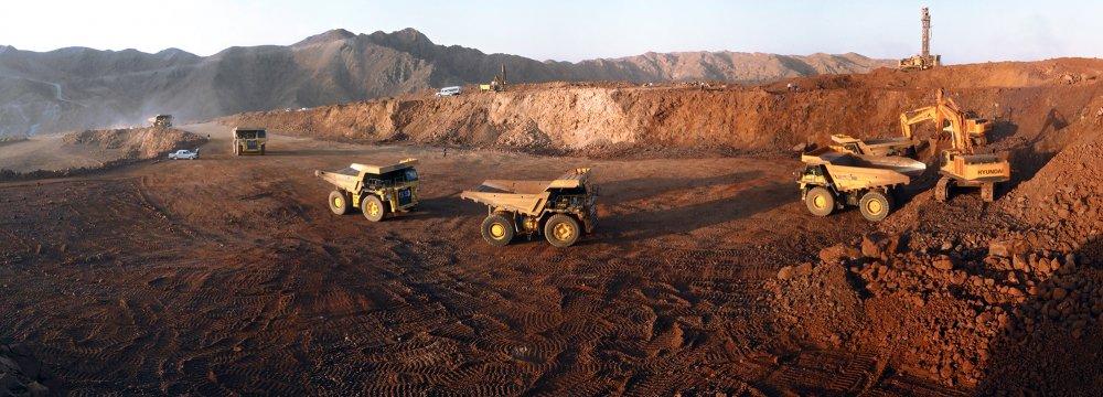 Mineral Trade Surplus Hits $2.9b