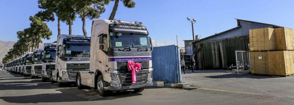 SAIPA Delivers  200 Volvo Trucks