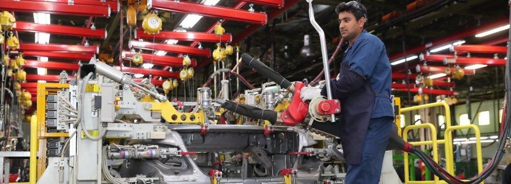 Iran's Q1 Automotive Imports Bill Nearly Reach $1 Billion
