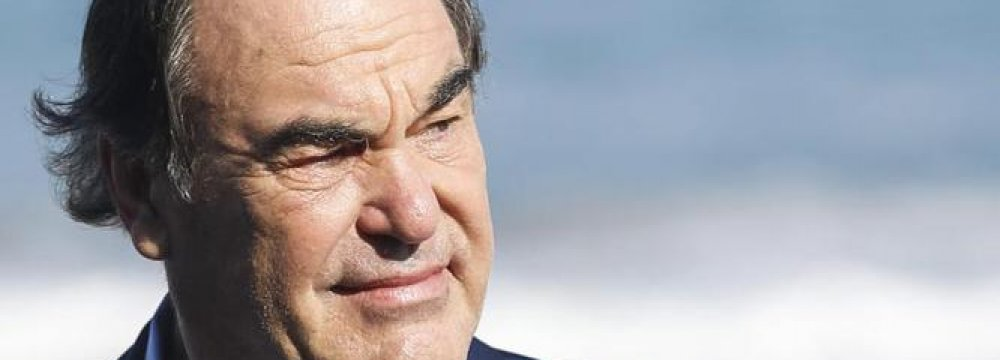 Oliver Stone  to Attend FIFF