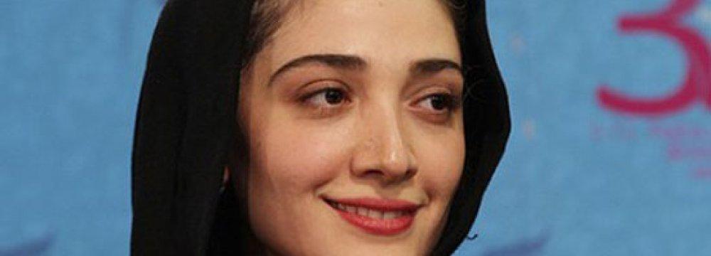 Mina Sadati Wins Award at Beijing Festival