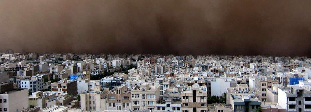 Iran Explores Int'l Coop.  to Combat Dust Storms
