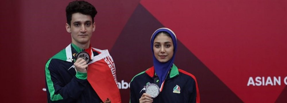 Iran Wins Medals in Wrestling, Taekwondo on First Day