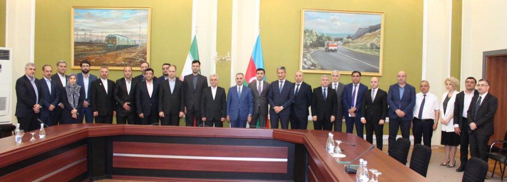 Tehran, Baku Sign Deal to Boost ICT Ties