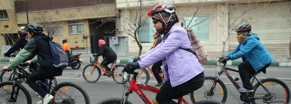 Tehran Municipality to Launch 14-Km Biking Lane