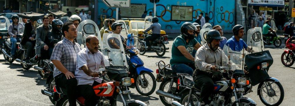 Zanganeh Proposes Motorbike's Fuel Conversion to CNG