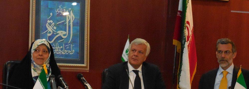 Iran, Italy Sign Environmental MoU