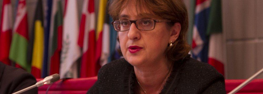 Georgian FM to Discuss Economic Ties