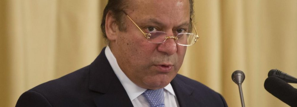 Pakistan PM Intends to Heal Tehran-Riyadh Rift