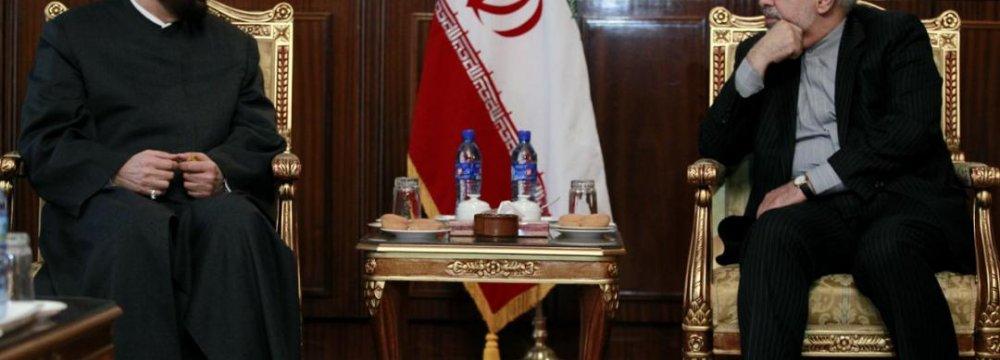 FM Confers With Syria Grand Mufti