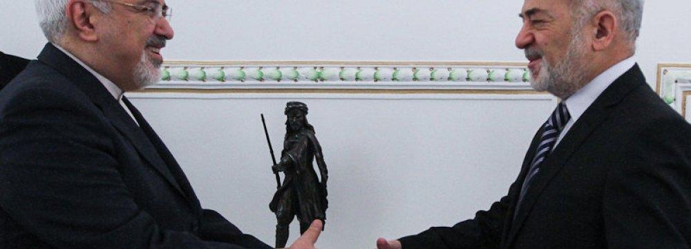 FM Meets Iraq Counterpart