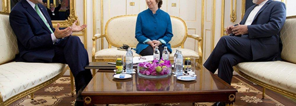 Zarif, Ashton, Kerry to Meet in Muscat