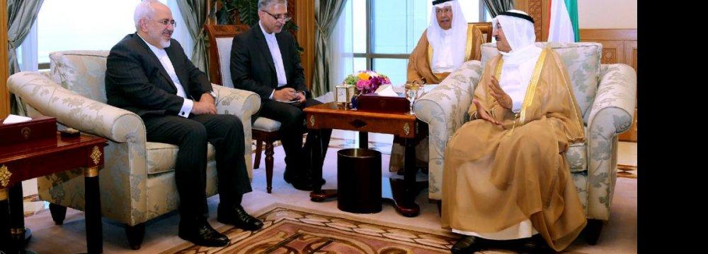 Kuwait Emir, Zarif Discuss Ties, Region