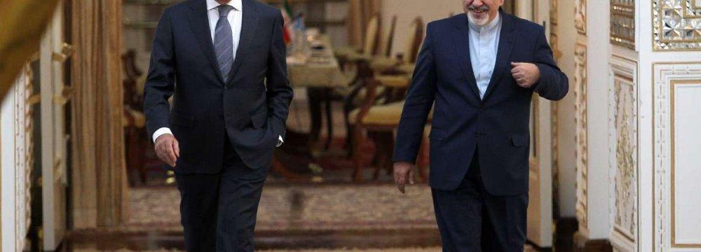 Zarif Confers With Russian, Chilean FMs