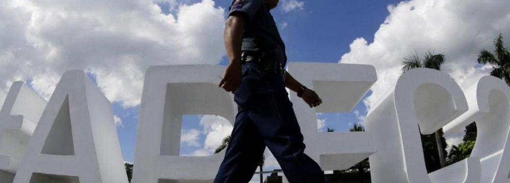APEC Focuses on Paris Attacks, S. China Sea