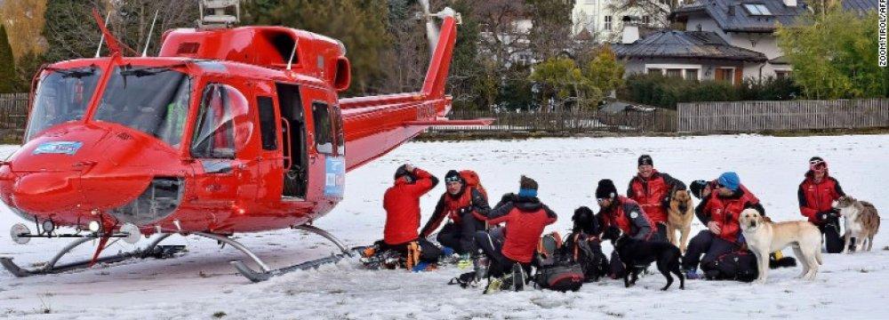 5 Czechs Killed in Austrian Avalanche