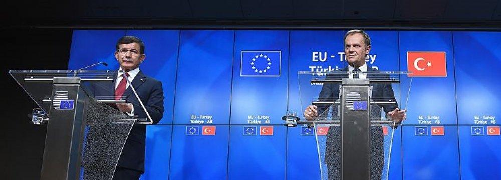 EU, Turkey Seal Migrant Deal
