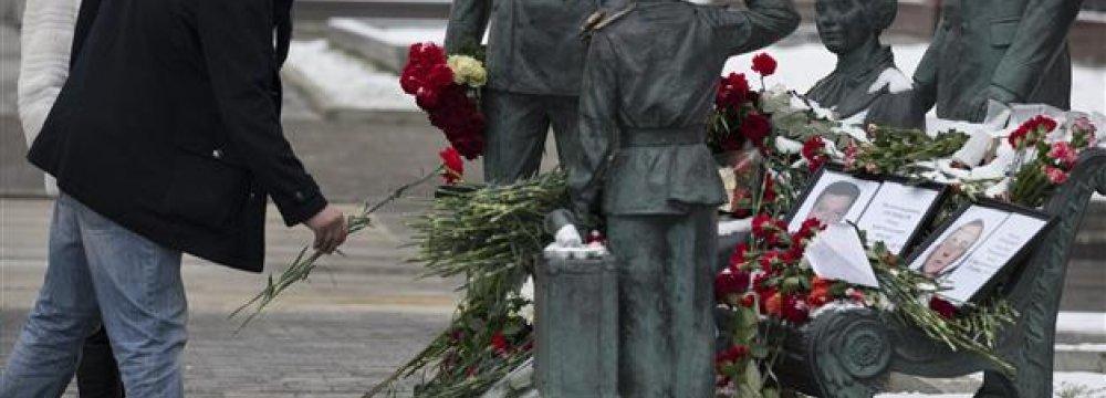 Russian Pilot's Body Flown to Ankara