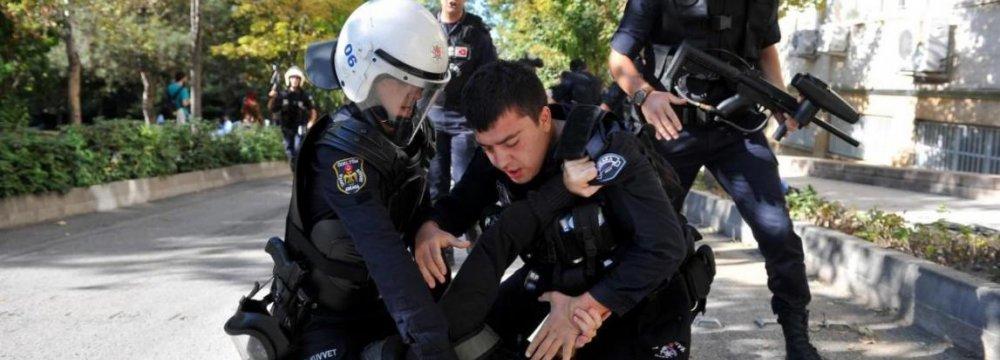 Turkey Detains Gulen Supporters