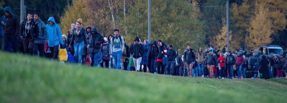 Germans Restrict Migrants'  Austrian Entry Points