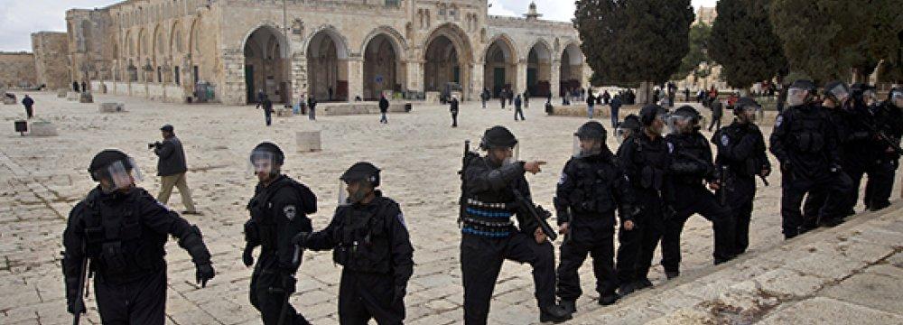 Muslims Urged to Defend Al-Aqsa