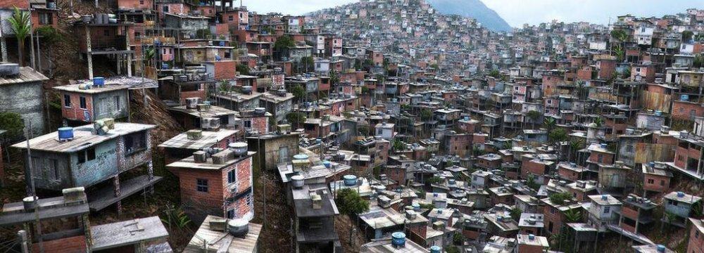 Ecuador Fighting for Survival Against Its Elites