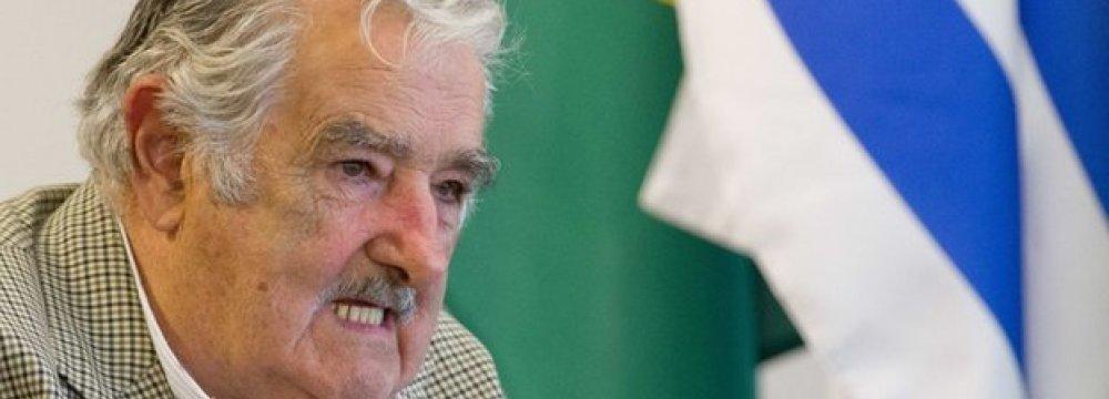 Uruguay to Take 6 Gitmo Prisoners
